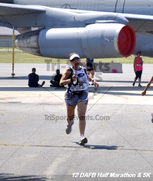 Dover Air Force Base Heritage Half Marathon & 5K<br><br><br><br><a href='https://www.trisportsevents.com/pics/12_DAFB_Half_&_5K_337.JPG' download='12_DAFB_Half_&_5K_337.JPG'>Click here to download.</a><Br><a href='http://www.facebook.com/sharer.php?u=http:%2F%2Fwww.trisportsevents.com%2Fpics%2F12_DAFB_Half_&_5K_337.JPG&t=Dover Air Force Base Heritage Half Marathon & 5K' target='_blank'><img src='images/fb_share.png' width='100'></a>
