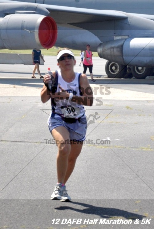 Dover Air Force Base Heritage Half Marathon & 5K<br><br><br><br><a href='http://www.trisportsevents.com/pics/12_DAFB_Half_&_5K_339.JPG' download='12_DAFB_Half_&_5K_339.JPG'>Click here to download.</a><Br><a href='http://www.facebook.com/sharer.php?u=http:%2F%2Fwww.trisportsevents.com%2Fpics%2F12_DAFB_Half_&_5K_339.JPG&t=Dover Air Force Base Heritage Half Marathon & 5K' target='_blank'><img src='images/fb_share.png' width='100'></a>
