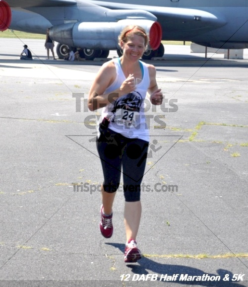 Dover Air Force Base Heritage Half Marathon & 5K<br><br><br><br><a href='http://www.trisportsevents.com/pics/12_DAFB_Half_&_5K_356.JPG' download='12_DAFB_Half_&_5K_356.JPG'>Click here to download.</a><Br><a href='http://www.facebook.com/sharer.php?u=http:%2F%2Fwww.trisportsevents.com%2Fpics%2F12_DAFB_Half_&_5K_356.JPG&t=Dover Air Force Base Heritage Half Marathon & 5K' target='_blank'><img src='images/fb_share.png' width='100'></a>
