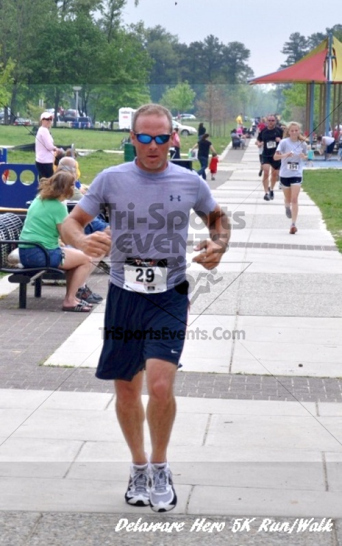 Delaware Hero 5K Run/Walk<br><br><br><br><a href='http://www.trisportsevents.com/pics/12_Delaware_Heros_5K_136.JPG' download='12_Delaware_Heros_5K_136.JPG'>Click here to download.</a><Br><a href='http://www.facebook.com/sharer.php?u=http:%2F%2Fwww.trisportsevents.com%2Fpics%2F12_Delaware_Heros_5K_136.JPG&t=Delaware Hero 5K Run/Walk' target='_blank'><img src='images/fb_share.png' width='100'></a>