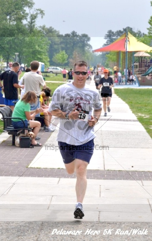 Delaware Hero 5K Run/Walk<br><br><br><br><a href='http://www.trisportsevents.com/pics/12_Delaware_Heros_5K_163.JPG' download='12_Delaware_Heros_5K_163.JPG'>Click here to download.</a><Br><a href='http://www.facebook.com/sharer.php?u=http:%2F%2Fwww.trisportsevents.com%2Fpics%2F12_Delaware_Heros_5K_163.JPG&t=Delaware Hero 5K Run/Walk' target='_blank'><img src='images/fb_share.png' width='100'></a>