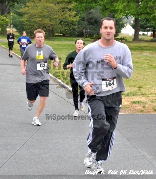 Heart & Sole 5K Run/Walk<br><br><br><br><a href='http://www.trisportsevents.com/pics/12_Heart_&_Sole_5K_028.JPG' download='12_Heart_&_Sole_5K_028.JPG'>Click here to download.</a><Br><a href='http://www.facebook.com/sharer.php?u=http:%2F%2Fwww.trisportsevents.com%2Fpics%2F12_Heart_&_Sole_5K_028.JPG&t=Heart & Sole 5K Run/Walk' target='_blank'><img src='images/fb_share.png' width='100'></a>