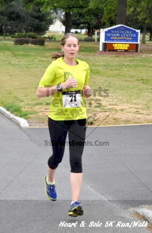 Heart & Sole 5K Run/Walk<br><br><br><br><a href='http://www.trisportsevents.com/pics/12_Heart_&_Sole_5K_032.JPG' download='12_Heart_&_Sole_5K_032.JPG'>Click here to download.</a><Br><a href='http://www.facebook.com/sharer.php?u=http:%2F%2Fwww.trisportsevents.com%2Fpics%2F12_Heart_&_Sole_5K_032.JPG&t=Heart & Sole 5K Run/Walk' target='_blank'><img src='images/fb_share.png' width='100'></a>