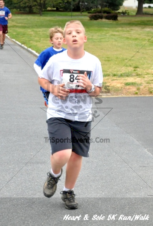Heart & Sole 5K Run/Walk<br><br><br><br><a href='https://www.trisportsevents.com/pics/12_Heart_&_Sole_5K_037.JPG' download='12_Heart_&_Sole_5K_037.JPG'>Click here to download.</a><Br><a href='http://www.facebook.com/sharer.php?u=http:%2F%2Fwww.trisportsevents.com%2Fpics%2F12_Heart_&_Sole_5K_037.JPG&t=Heart & Sole 5K Run/Walk' target='_blank'><img src='images/fb_share.png' width='100'></a>