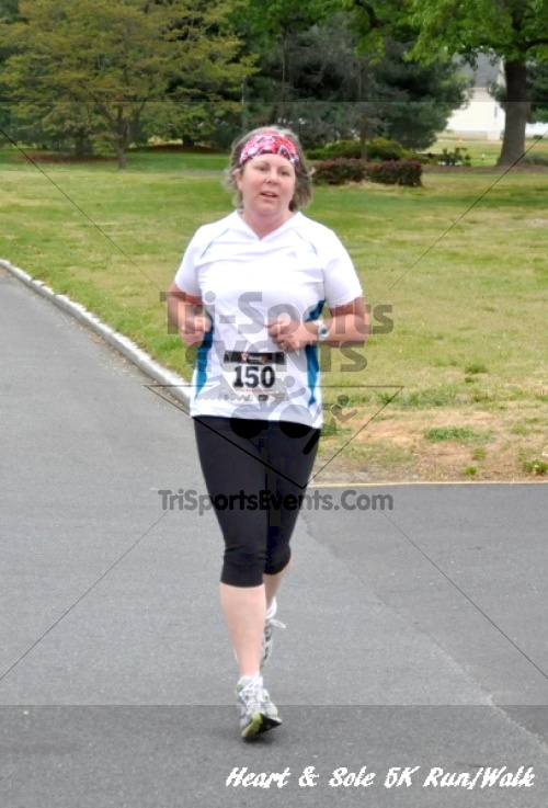 Heart & Sole 5K Run/Walk<br><br><br><br><a href='https://www.trisportsevents.com/pics/12_Heart_&_Sole_5K_043.JPG' download='12_Heart_&_Sole_5K_043.JPG'>Click here to download.</a><Br><a href='http://www.facebook.com/sharer.php?u=http:%2F%2Fwww.trisportsevents.com%2Fpics%2F12_Heart_&_Sole_5K_043.JPG&t=Heart & Sole 5K Run/Walk' target='_blank'><img src='images/fb_share.png' width='100'></a>