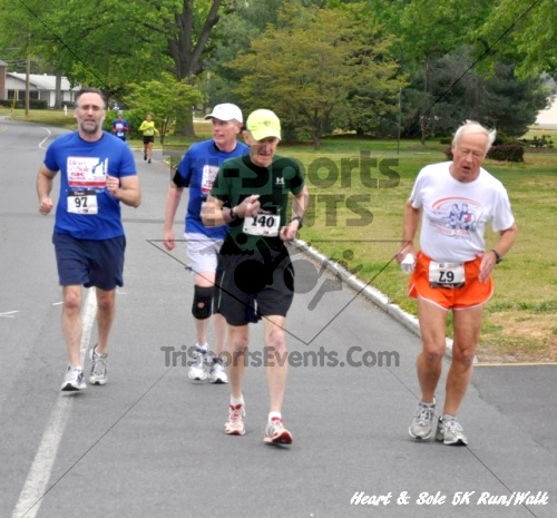 Heart & Sole 5K Run/Walk<br><br><br><br><a href='http://www.trisportsevents.com/pics/12_Heart_&_Sole_5K_045.JPG' download='12_Heart_&_Sole_5K_045.JPG'>Click here to download.</a><Br><a href='http://www.facebook.com/sharer.php?u=http:%2F%2Fwww.trisportsevents.com%2Fpics%2F12_Heart_&_Sole_5K_045.JPG&t=Heart & Sole 5K Run/Walk' target='_blank'><img src='images/fb_share.png' width='100'></a>