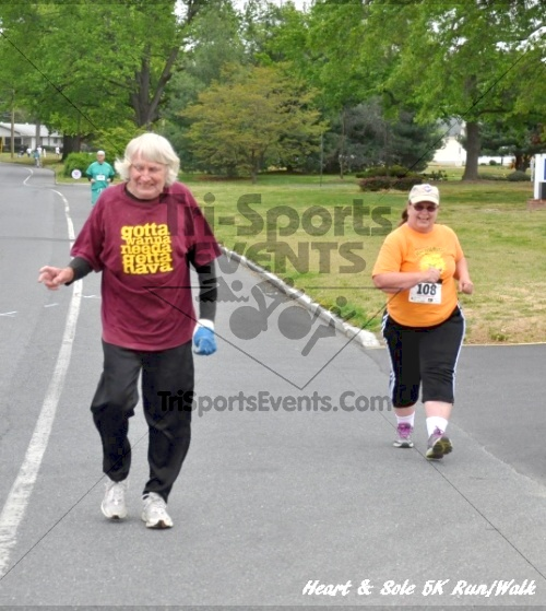 Heart & Sole 5K Run/Walk<br><br><br><br><a href='http://www.trisportsevents.com/pics/12_Heart_&_Sole_5K_056.JPG' download='12_Heart_&_Sole_5K_056.JPG'>Click here to download.</a><Br><a href='http://www.facebook.com/sharer.php?u=http:%2F%2Fwww.trisportsevents.com%2Fpics%2F12_Heart_&_Sole_5K_056.JPG&t=Heart & Sole 5K Run/Walk' target='_blank'><img src='images/fb_share.png' width='100'></a>