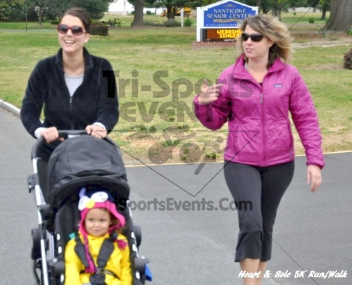 Heart & Sole 5K Run/Walk<br><br><br><br><a href='http://www.trisportsevents.com/pics/12_Heart_&_Sole_5K_067.JPG' download='12_Heart_&_Sole_5K_067.JPG'>Click here to download.</a><Br><a href='http://www.facebook.com/sharer.php?u=http:%2F%2Fwww.trisportsevents.com%2Fpics%2F12_Heart_&_Sole_5K_067.JPG&t=Heart & Sole 5K Run/Walk' target='_blank'><img src='images/fb_share.png' width='100'></a>