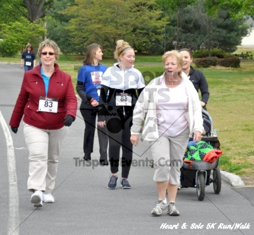 Heart & Sole 5K Run/Walk<br><br><br><br><a href='https://www.trisportsevents.com/pics/12_Heart_&_Sole_5K_071.JPG' download='12_Heart_&_Sole_5K_071.JPG'>Click here to download.</a><Br><a href='http://www.facebook.com/sharer.php?u=http:%2F%2Fwww.trisportsevents.com%2Fpics%2F12_Heart_&_Sole_5K_071.JPG&t=Heart & Sole 5K Run/Walk' target='_blank'><img src='images/fb_share.png' width='100'></a>