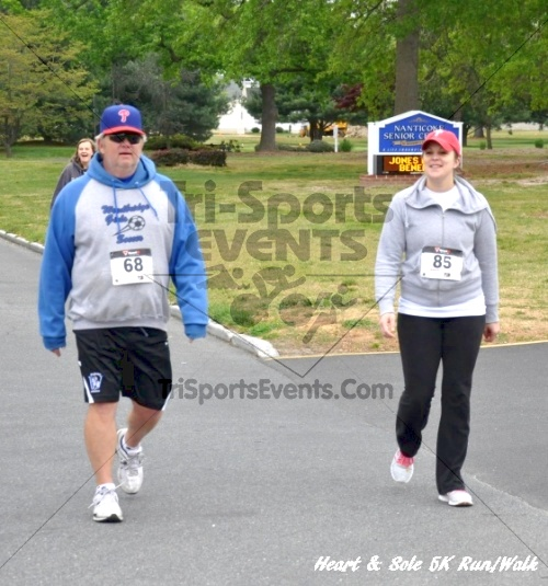Heart & Sole 5K Run/Walk<br><br><br><br><a href='http://www.trisportsevents.com/pics/12_Heart_&_Sole_5K_076.JPG' download='12_Heart_&_Sole_5K_076.JPG'>Click here to download.</a><Br><a href='http://www.facebook.com/sharer.php?u=http:%2F%2Fwww.trisportsevents.com%2Fpics%2F12_Heart_&_Sole_5K_076.JPG&t=Heart & Sole 5K Run/Walk' target='_blank'><img src='images/fb_share.png' width='100'></a>