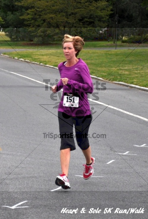 Heart & Sole 5K Run/Walk<br><br><br><br><a href='https://www.trisportsevents.com/pics/12_Heart_&_Sole_5K_092.JPG' download='12_Heart_&_Sole_5K_092.JPG'>Click here to download.</a><Br><a href='http://www.facebook.com/sharer.php?u=http:%2F%2Fwww.trisportsevents.com%2Fpics%2F12_Heart_&_Sole_5K_092.JPG&t=Heart & Sole 5K Run/Walk' target='_blank'><img src='images/fb_share.png' width='100'></a>