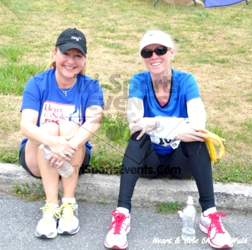 Heart & Sole 5K Run/Walk<br><br><br><br><a href='http://www.trisportsevents.com/pics/12_Heart_&_Sole_5K_108.JPG' download='12_Heart_&_Sole_5K_108.JPG'>Click here to download.</a><Br><a href='http://www.facebook.com/sharer.php?u=http:%2F%2Fwww.trisportsevents.com%2Fpics%2F12_Heart_&_Sole_5K_108.JPG&t=Heart & Sole 5K Run/Walk' target='_blank'><img src='images/fb_share.png' width='100'></a>