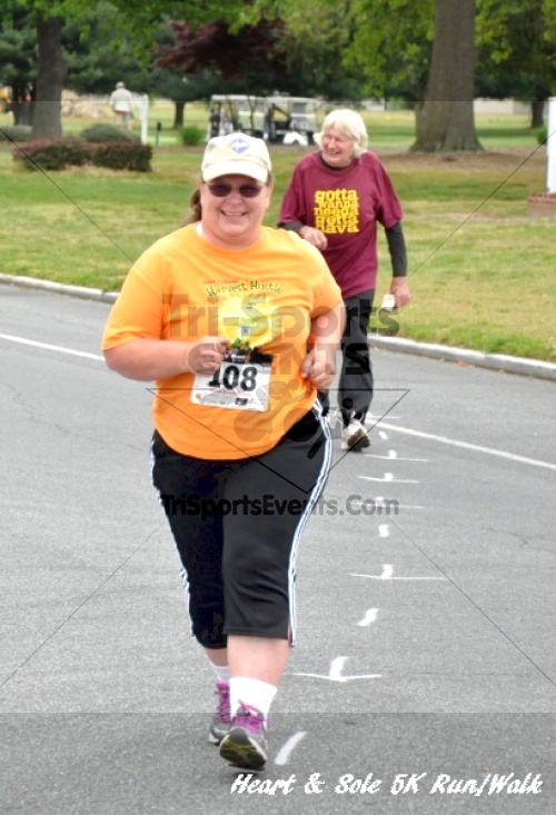Heart & Sole 5K Run/Walk<br><br><br><br><a href='http://www.trisportsevents.com/pics/12_Heart_&_Sole_5K_122.JPG' download='12_Heart_&_Sole_5K_122.JPG'>Click here to download.</a><Br><a href='http://www.facebook.com/sharer.php?u=http:%2F%2Fwww.trisportsevents.com%2Fpics%2F12_Heart_&_Sole_5K_122.JPG&t=Heart & Sole 5K Run/Walk' target='_blank'><img src='images/fb_share.png' width='100'></a>