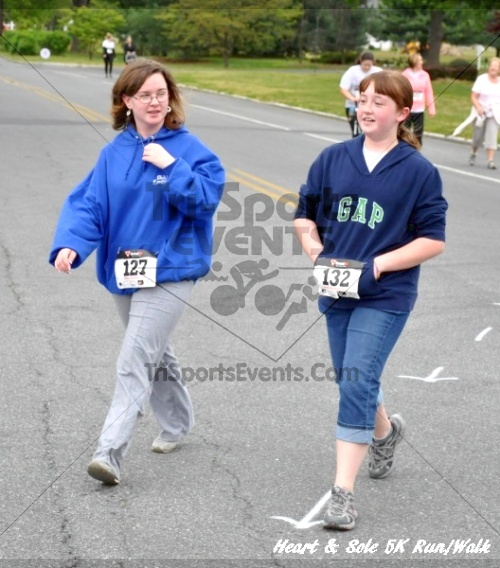 Heart & Sole 5K Run/Walk<br><br><br><br><a href='http://www.trisportsevents.com/pics/12_Heart_&_Sole_5K_131.JPG' download='12_Heart_&_Sole_5K_131.JPG'>Click here to download.</a><Br><a href='http://www.facebook.com/sharer.php?u=http:%2F%2Fwww.trisportsevents.com%2Fpics%2F12_Heart_&_Sole_5K_131.JPG&t=Heart & Sole 5K Run/Walk' target='_blank'><img src='images/fb_share.png' width='100'></a>