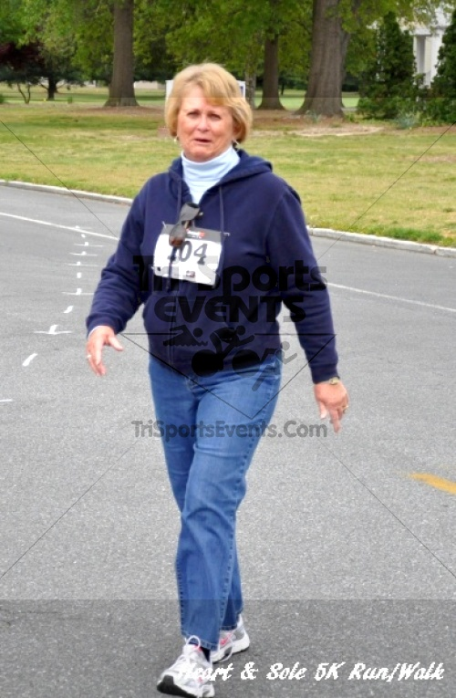 Heart & Sole 5K Run/Walk<br><br><br><br><a href='http://www.trisportsevents.com/pics/12_Heart_&_Sole_5K_135.JPG' download='12_Heart_&_Sole_5K_135.JPG'>Click here to download.</a><Br><a href='http://www.facebook.com/sharer.php?u=http:%2F%2Fwww.trisportsevents.com%2Fpics%2F12_Heart_&_Sole_5K_135.JPG&t=Heart & Sole 5K Run/Walk' target='_blank'><img src='images/fb_share.png' width='100'></a>