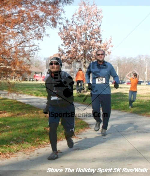 Share The Holiday Spirit 5K Run/Walk<br><br><br><br><a href='http://www.trisportsevents.com/pics/12_Hoilday_Spirit_5K_019.JPG' download='12_Hoilday_Spirit_5K_019.JPG'>Click here to download.</a><Br><a href='http://www.facebook.com/sharer.php?u=http:%2F%2Fwww.trisportsevents.com%2Fpics%2F12_Hoilday_Spirit_5K_019.JPG&t=Share The Holiday Spirit 5K Run/Walk' target='_blank'><img src='images/fb_share.png' width='100'></a>