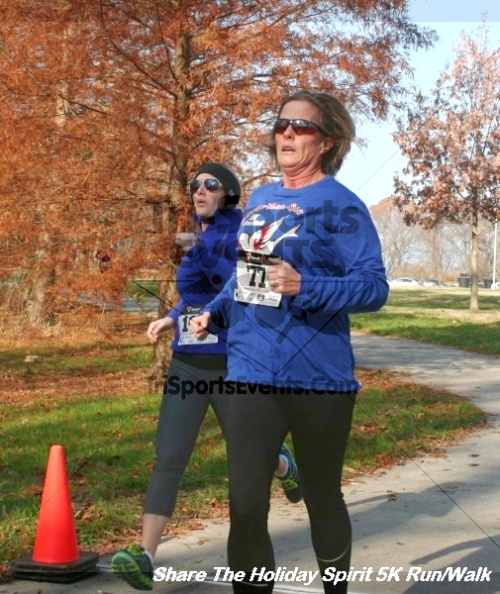 Share The Holiday Spirit 5K Run/Walk<br><br><br><br><a href='http://www.trisportsevents.com/pics/12_Hoilday_Spirit_5K_027.JPG' download='12_Hoilday_Spirit_5K_027.JPG'>Click here to download.</a><Br><a href='http://www.facebook.com/sharer.php?u=http:%2F%2Fwww.trisportsevents.com%2Fpics%2F12_Hoilday_Spirit_5K_027.JPG&t=Share The Holiday Spirit 5K Run/Walk' target='_blank'><img src='images/fb_share.png' width='100'></a>