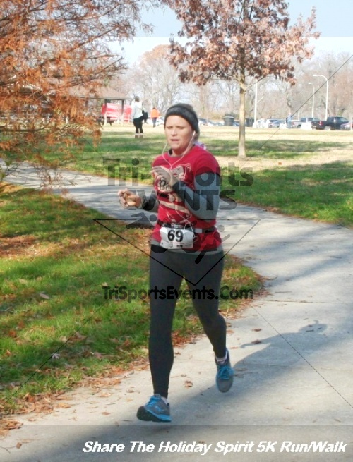 Share The Holiday Spirit 5K Run/Walk<br><br><br><br><a href='http://www.trisportsevents.com/pics/12_Hoilday_Spirit_5K_030.JPG' download='12_Hoilday_Spirit_5K_030.JPG'>Click here to download.</a><Br><a href='http://www.facebook.com/sharer.php?u=http:%2F%2Fwww.trisportsevents.com%2Fpics%2F12_Hoilday_Spirit_5K_030.JPG&t=Share The Holiday Spirit 5K Run/Walk' target='_blank'><img src='images/fb_share.png' width='100'></a>