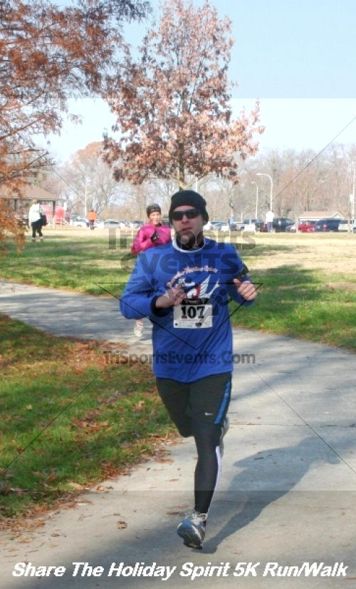 Share The Holiday Spirit 5K Run/Walk<br><br><br><br><a href='https://www.trisportsevents.com/pics/12_Hoilday_Spirit_5K_031.JPG' download='12_Hoilday_Spirit_5K_031.JPG'>Click here to download.</a><Br><a href='http://www.facebook.com/sharer.php?u=http:%2F%2Fwww.trisportsevents.com%2Fpics%2F12_Hoilday_Spirit_5K_031.JPG&t=Share The Holiday Spirit 5K Run/Walk' target='_blank'><img src='images/fb_share.png' width='100'></a>