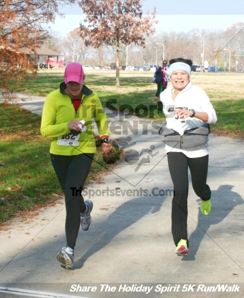 Share The Holiday Spirit 5K Run/Walk<br><br><br><br><a href='http://www.trisportsevents.com/pics/12_Hoilday_Spirit_5K_035.JPG' download='12_Hoilday_Spirit_5K_035.JPG'>Click here to download.</a><Br><a href='http://www.facebook.com/sharer.php?u=http:%2F%2Fwww.trisportsevents.com%2Fpics%2F12_Hoilday_Spirit_5K_035.JPG&t=Share The Holiday Spirit 5K Run/Walk' target='_blank'><img src='images/fb_share.png' width='100'></a>