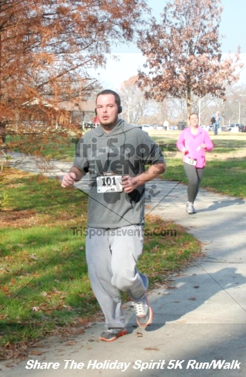 Share The Holiday Spirit 5K Run/Walk<br><br><br><br><a href='http://www.trisportsevents.com/pics/12_Hoilday_Spirit_5K_045.JPG' download='12_Hoilday_Spirit_5K_045.JPG'>Click here to download.</a><Br><a href='http://www.facebook.com/sharer.php?u=http:%2F%2Fwww.trisportsevents.com%2Fpics%2F12_Hoilday_Spirit_5K_045.JPG&t=Share The Holiday Spirit 5K Run/Walk' target='_blank'><img src='images/fb_share.png' width='100'></a>