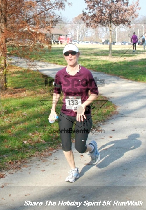 Share The Holiday Spirit 5K Run/Walk<br><br><br><br><a href='https://www.trisportsevents.com/pics/12_Hoilday_Spirit_5K_047.JPG' download='12_Hoilday_Spirit_5K_047.JPG'>Click here to download.</a><Br><a href='http://www.facebook.com/sharer.php?u=http:%2F%2Fwww.trisportsevents.com%2Fpics%2F12_Hoilday_Spirit_5K_047.JPG&t=Share The Holiday Spirit 5K Run/Walk' target='_blank'><img src='images/fb_share.png' width='100'></a>