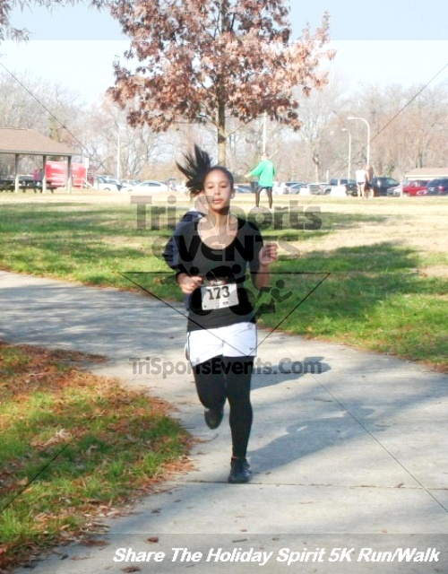 Share The Holiday Spirit 5K Run/Walk<br><br><br><br><a href='http://www.trisportsevents.com/pics/12_Hoilday_Spirit_5K_051.JPG' download='12_Hoilday_Spirit_5K_051.JPG'>Click here to download.</a><Br><a href='http://www.facebook.com/sharer.php?u=http:%2F%2Fwww.trisportsevents.com%2Fpics%2F12_Hoilday_Spirit_5K_051.JPG&t=Share The Holiday Spirit 5K Run/Walk' target='_blank'><img src='images/fb_share.png' width='100'></a>