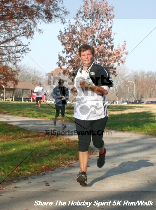Share The Holiday Spirit 5K Run/Walk<br><br><br><br><a href='https://www.trisportsevents.com/pics/12_Hoilday_Spirit_5K_056.JPG' download='12_Hoilday_Spirit_5K_056.JPG'>Click here to download.</a><Br><a href='http://www.facebook.com/sharer.php?u=http:%2F%2Fwww.trisportsevents.com%2Fpics%2F12_Hoilday_Spirit_5K_056.JPG&t=Share The Holiday Spirit 5K Run/Walk' target='_blank'><img src='images/fb_share.png' width='100'></a>