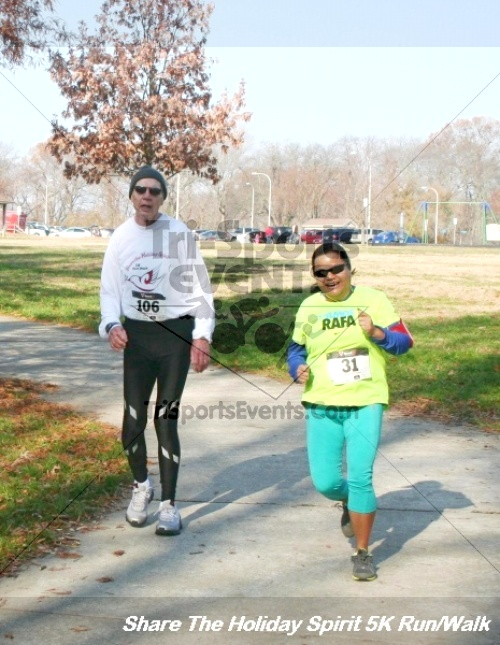 Share The Holiday Spirit 5K Run/Walk<br><br><br><br><a href='https://www.trisportsevents.com/pics/12_Hoilday_Spirit_5K_065.JPG' download='12_Hoilday_Spirit_5K_065.JPG'>Click here to download.</a><Br><a href='http://www.facebook.com/sharer.php?u=http:%2F%2Fwww.trisportsevents.com%2Fpics%2F12_Hoilday_Spirit_5K_065.JPG&t=Share The Holiday Spirit 5K Run/Walk' target='_blank'><img src='images/fb_share.png' width='100'></a>