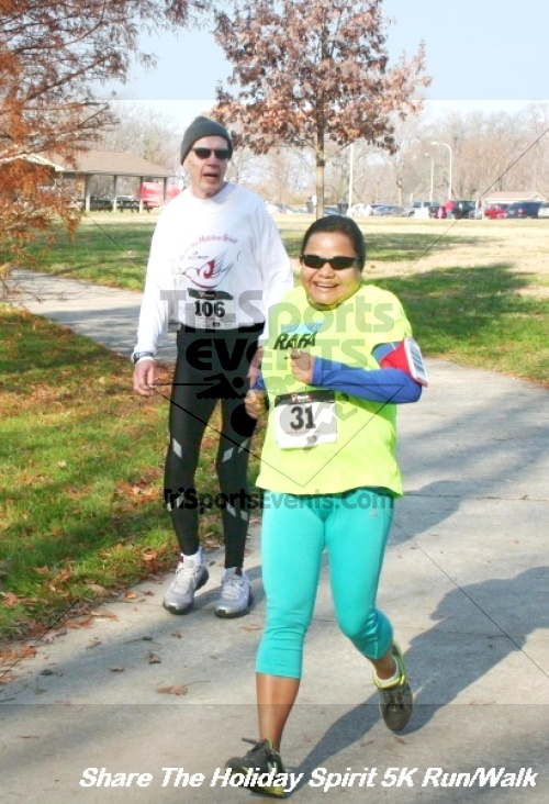 Share The Holiday Spirit 5K Run/Walk<br><br><br><br><a href='http://www.trisportsevents.com/pics/12_Hoilday_Spirit_5K_066.JPG' download='12_Hoilday_Spirit_5K_066.JPG'>Click here to download.</a><Br><a href='http://www.facebook.com/sharer.php?u=http:%2F%2Fwww.trisportsevents.com%2Fpics%2F12_Hoilday_Spirit_5K_066.JPG&t=Share The Holiday Spirit 5K Run/Walk' target='_blank'><img src='images/fb_share.png' width='100'></a>