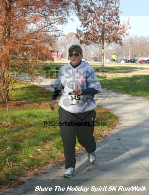 Share The Holiday Spirit 5K Run/Walk<br><br><br><br><a href='https://www.trisportsevents.com/pics/12_Hoilday_Spirit_5K_083.JPG' download='12_Hoilday_Spirit_5K_083.JPG'>Click here to download.</a><Br><a href='http://www.facebook.com/sharer.php?u=http:%2F%2Fwww.trisportsevents.com%2Fpics%2F12_Hoilday_Spirit_5K_083.JPG&t=Share The Holiday Spirit 5K Run/Walk' target='_blank'><img src='images/fb_share.png' width='100'></a>
