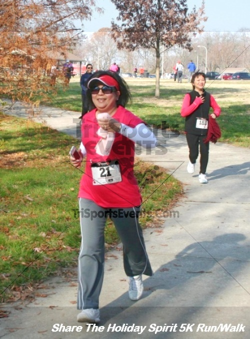 Share The Holiday Spirit 5K Run/Walk<br><br><br><br><a href='https://www.trisportsevents.com/pics/12_Hoilday_Spirit_5K_110.JPG' download='12_Hoilday_Spirit_5K_110.JPG'>Click here to download.</a><Br><a href='http://www.facebook.com/sharer.php?u=http:%2F%2Fwww.trisportsevents.com%2Fpics%2F12_Hoilday_Spirit_5K_110.JPG&t=Share The Holiday Spirit 5K Run/Walk' target='_blank'><img src='images/fb_share.png' width='100'></a>
