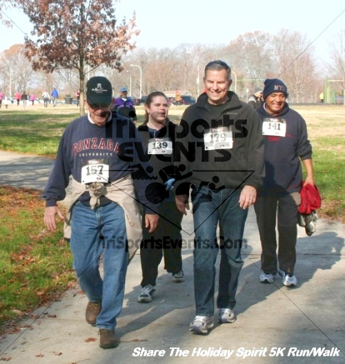 Share The Holiday Spirit 5K Run/Walk<br><br><br><br><a href='http://www.trisportsevents.com/pics/12_Hoilday_Spirit_5K_113.JPG' download='12_Hoilday_Spirit_5K_113.JPG'>Click here to download.</a><Br><a href='http://www.facebook.com/sharer.php?u=http:%2F%2Fwww.trisportsevents.com%2Fpics%2F12_Hoilday_Spirit_5K_113.JPG&t=Share The Holiday Spirit 5K Run/Walk' target='_blank'><img src='images/fb_share.png' width='100'></a>