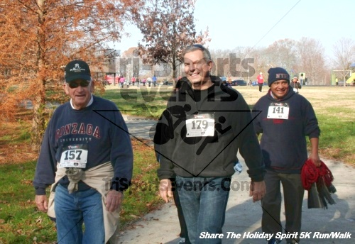 Share The Holiday Spirit 5K Run/Walk<br><br><br><br><a href='http://www.trisportsevents.com/pics/12_Hoilday_Spirit_5K_114.JPG' download='12_Hoilday_Spirit_5K_114.JPG'>Click here to download.</a><Br><a href='http://www.facebook.com/sharer.php?u=http:%2F%2Fwww.trisportsevents.com%2Fpics%2F12_Hoilday_Spirit_5K_114.JPG&t=Share The Holiday Spirit 5K Run/Walk' target='_blank'><img src='images/fb_share.png' width='100'></a>