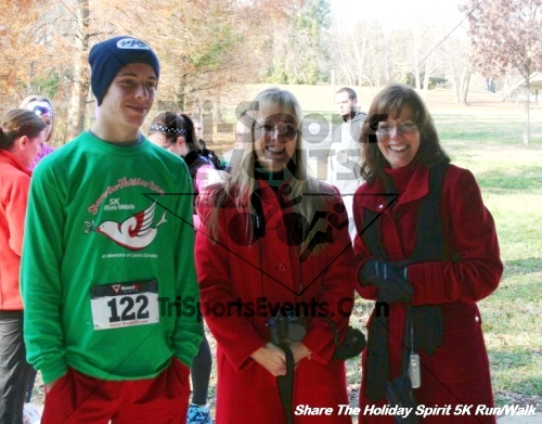 Share The Holiday Spirit 5K Run/Walk<br><br><br><br><a href='http://www.trisportsevents.com/pics/12_Hoilday_Spirit_5K_119.JPG' download='12_Hoilday_Spirit_5K_119.JPG'>Click here to download.</a><Br><a href='http://www.facebook.com/sharer.php?u=http:%2F%2Fwww.trisportsevents.com%2Fpics%2F12_Hoilday_Spirit_5K_119.JPG&t=Share The Holiday Spirit 5K Run/Walk' target='_blank'><img src='images/fb_share.png' width='100'></a>