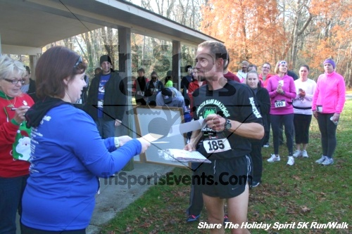 Share The Holiday Spirit 5K Run/Walk<br><br><br><br><a href='http://www.trisportsevents.com/pics/12_Hoilday_Spirit_5K_129.JPG' download='12_Hoilday_Spirit_5K_129.JPG'>Click here to download.</a><Br><a href='http://www.facebook.com/sharer.php?u=http:%2F%2Fwww.trisportsevents.com%2Fpics%2F12_Hoilday_Spirit_5K_129.JPG&t=Share The Holiday Spirit 5K Run/Walk' target='_blank'><img src='images/fb_share.png' width='100'></a>