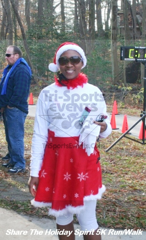 Share The Holiday Spirit 5K Run/Walk<br><br><br><br><a href='http://www.trisportsevents.com/pics/12_Hoilday_Spirit_5K_176.JPG' download='12_Hoilday_Spirit_5K_176.JPG'>Click here to download.</a><Br><a href='http://www.facebook.com/sharer.php?u=http:%2F%2Fwww.trisportsevents.com%2Fpics%2F12_Hoilday_Spirit_5K_176.JPG&t=Share The Holiday Spirit 5K Run/Walk' target='_blank'><img src='images/fb_share.png' width='100'></a>
