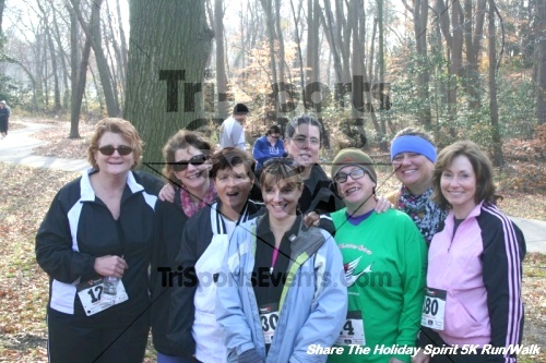 Share The Holiday Spirit 5K Run/Walk<br><br><br><br><a href='http://www.trisportsevents.com/pics/12_Hoilday_Spirit_5K_185.JPG' download='12_Hoilday_Spirit_5K_185.JPG'>Click here to download.</a><Br><a href='http://www.facebook.com/sharer.php?u=http:%2F%2Fwww.trisportsevents.com%2Fpics%2F12_Hoilday_Spirit_5K_185.JPG&t=Share The Holiday Spirit 5K Run/Walk' target='_blank'><img src='images/fb_share.png' width='100'></a>