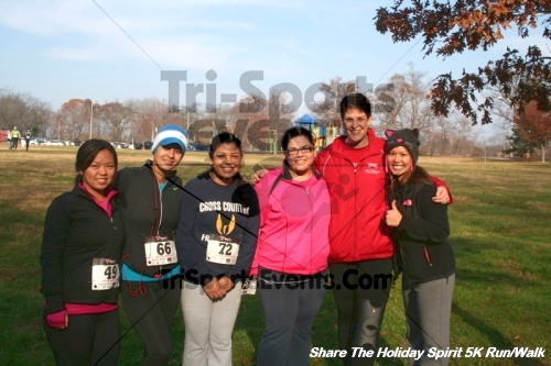 Share The Holiday Spirit 5K Run/Walk<br><br><br><br><a href='https://www.trisportsevents.com/pics/12_Hoilday_Spirit_5K_186.JPG' download='12_Hoilday_Spirit_5K_186.JPG'>Click here to download.</a><Br><a href='http://www.facebook.com/sharer.php?u=http:%2F%2Fwww.trisportsevents.com%2Fpics%2F12_Hoilday_Spirit_5K_186.JPG&t=Share The Holiday Spirit 5K Run/Walk' target='_blank'><img src='images/fb_share.png' width='100'></a>