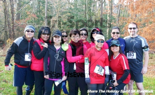 Share The Holiday Spirit 5K Run/Walk<br><br><br><br><a href='http://www.trisportsevents.com/pics/12_Hoilday_Spirit_5K_191.JPG' download='12_Hoilday_Spirit_5K_191.JPG'>Click here to download.</a><Br><a href='http://www.facebook.com/sharer.php?u=http:%2F%2Fwww.trisportsevents.com%2Fpics%2F12_Hoilday_Spirit_5K_191.JPG&t=Share The Holiday Spirit 5K Run/Walk' target='_blank'><img src='images/fb_share.png' width='100'></a>