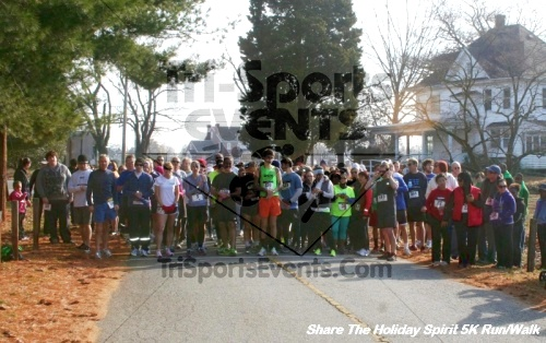 Share The Holiday Spirit 5K Run/Walk<br><br><br><br><a href='https://www.trisportsevents.com/pics/12_Hoilday_Spirit_5K_193.JPG' download='12_Hoilday_Spirit_5K_193.JPG'>Click here to download.</a><Br><a href='http://www.facebook.com/sharer.php?u=http:%2F%2Fwww.trisportsevents.com%2Fpics%2F12_Hoilday_Spirit_5K_193.JPG&t=Share The Holiday Spirit 5K Run/Walk' target='_blank'><img src='images/fb_share.png' width='100'></a>