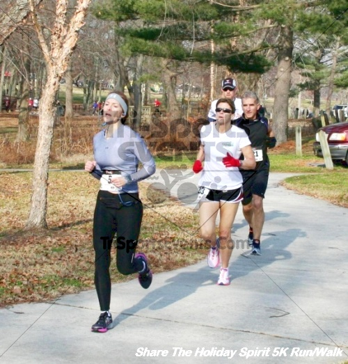 Share The Holiday Spirit 5K Run/Walk<br><br><br><br><a href='http://www.trisportsevents.com/pics/12_Hoilday_Spirit_5K_200.JPG' download='12_Hoilday_Spirit_5K_200.JPG'>Click here to download.</a><Br><a href='http://www.facebook.com/sharer.php?u=http:%2F%2Fwww.trisportsevents.com%2Fpics%2F12_Hoilday_Spirit_5K_200.JPG&t=Share The Holiday Spirit 5K Run/Walk' target='_blank'><img src='images/fb_share.png' width='100'></a>