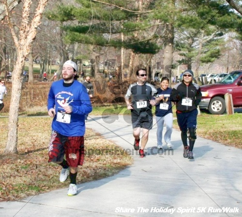 Share The Holiday Spirit 5K Run/Walk<br><br><br><br><a href='http://www.trisportsevents.com/pics/12_Hoilday_Spirit_5K_209.JPG' download='12_Hoilday_Spirit_5K_209.JPG'>Click here to download.</a><Br><a href='http://www.facebook.com/sharer.php?u=http:%2F%2Fwww.trisportsevents.com%2Fpics%2F12_Hoilday_Spirit_5K_209.JPG&t=Share The Holiday Spirit 5K Run/Walk' target='_blank'><img src='images/fb_share.png' width='100'></a>