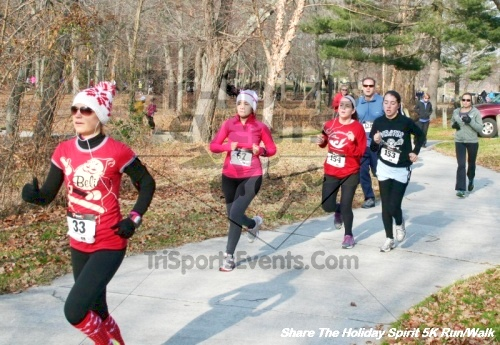 Share The Holiday Spirit 5K Run/Walk<br><br><br><br><a href='http://www.trisportsevents.com/pics/12_Hoilday_Spirit_5K_215.JPG' download='12_Hoilday_Spirit_5K_215.JPG'>Click here to download.</a><Br><a href='http://www.facebook.com/sharer.php?u=http:%2F%2Fwww.trisportsevents.com%2Fpics%2F12_Hoilday_Spirit_5K_215.JPG&t=Share The Holiday Spirit 5K Run/Walk' target='_blank'><img src='images/fb_share.png' width='100'></a>
