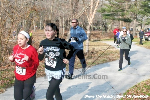 Share The Holiday Spirit 5K Run/Walk<br><br><br><br><a href='http://www.trisportsevents.com/pics/12_Hoilday_Spirit_5K_216.JPG' download='12_Hoilday_Spirit_5K_216.JPG'>Click here to download.</a><Br><a href='http://www.facebook.com/sharer.php?u=http:%2F%2Fwww.trisportsevents.com%2Fpics%2F12_Hoilday_Spirit_5K_216.JPG&t=Share The Holiday Spirit 5K Run/Walk' target='_blank'><img src='images/fb_share.png' width='100'></a>