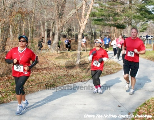 Share The Holiday Spirit 5K Run/Walk<br><br><br><br><a href='http://www.trisportsevents.com/pics/12_Hoilday_Spirit_5K_232.JPG' download='12_Hoilday_Spirit_5K_232.JPG'>Click here to download.</a><Br><a href='http://www.facebook.com/sharer.php?u=http:%2F%2Fwww.trisportsevents.com%2Fpics%2F12_Hoilday_Spirit_5K_232.JPG&t=Share The Holiday Spirit 5K Run/Walk' target='_blank'><img src='images/fb_share.png' width='100'></a>