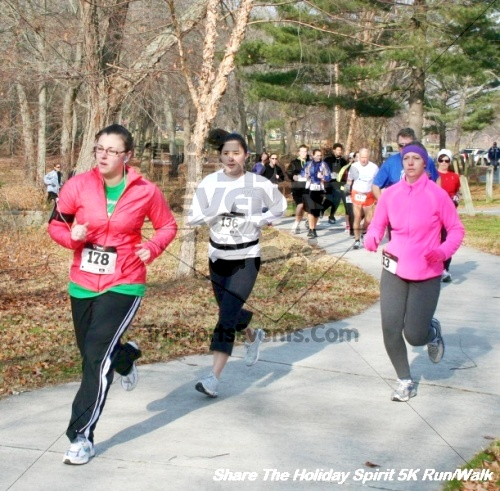 Share The Holiday Spirit 5K Run/Walk<br><br><br><br><a href='http://www.trisportsevents.com/pics/12_Hoilday_Spirit_5K_234.JPG' download='12_Hoilday_Spirit_5K_234.JPG'>Click here to download.</a><Br><a href='http://www.facebook.com/sharer.php?u=http:%2F%2Fwww.trisportsevents.com%2Fpics%2F12_Hoilday_Spirit_5K_234.JPG&t=Share The Holiday Spirit 5K Run/Walk' target='_blank'><img src='images/fb_share.png' width='100'></a>