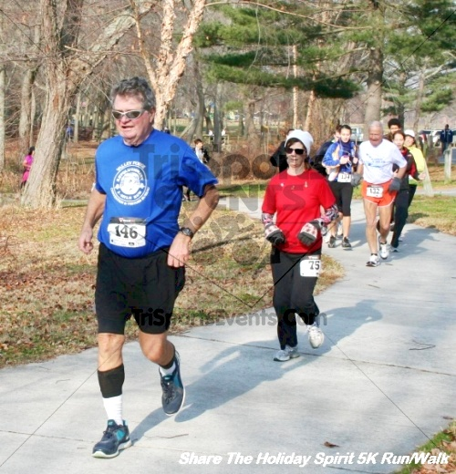 Share The Holiday Spirit 5K Run/Walk<br><br><br><br><a href='https://www.trisportsevents.com/pics/12_Hoilday_Spirit_5K_235.JPG' download='12_Hoilday_Spirit_5K_235.JPG'>Click here to download.</a><Br><a href='http://www.facebook.com/sharer.php?u=http:%2F%2Fwww.trisportsevents.com%2Fpics%2F12_Hoilday_Spirit_5K_235.JPG&t=Share The Holiday Spirit 5K Run/Walk' target='_blank'><img src='images/fb_share.png' width='100'></a>