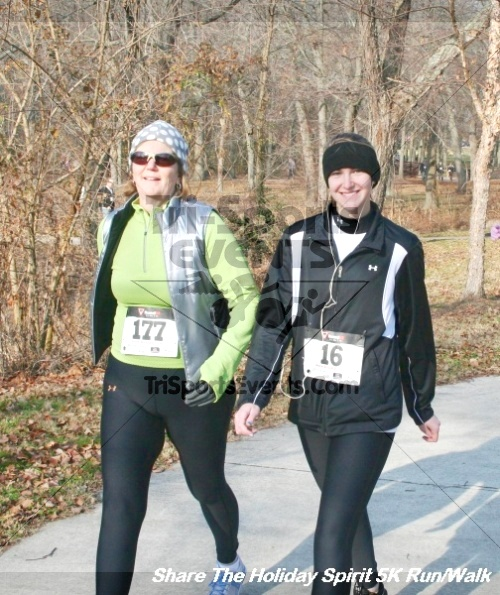 Share The Holiday Spirit 5K Run/Walk<br><br><br><br><a href='http://www.trisportsevents.com/pics/12_Hoilday_Spirit_5K_262.JPG' download='12_Hoilday_Spirit_5K_262.JPG'>Click here to download.</a><Br><a href='http://www.facebook.com/sharer.php?u=http:%2F%2Fwww.trisportsevents.com%2Fpics%2F12_Hoilday_Spirit_5K_262.JPG&t=Share The Holiday Spirit 5K Run/Walk' target='_blank'><img src='images/fb_share.png' width='100'></a>