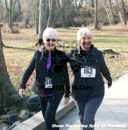 Share The Holiday Spirit 5K Run/Walk<br><br><br><br><a href='https://www.trisportsevents.com/pics/12_Hoilday_Spirit_5K_274.JPG' download='12_Hoilday_Spirit_5K_274.JPG'>Click here to download.</a><Br><a href='http://www.facebook.com/sharer.php?u=http:%2F%2Fwww.trisportsevents.com%2Fpics%2F12_Hoilday_Spirit_5K_274.JPG&t=Share The Holiday Spirit 5K Run/Walk' target='_blank'><img src='images/fb_share.png' width='100'></a>